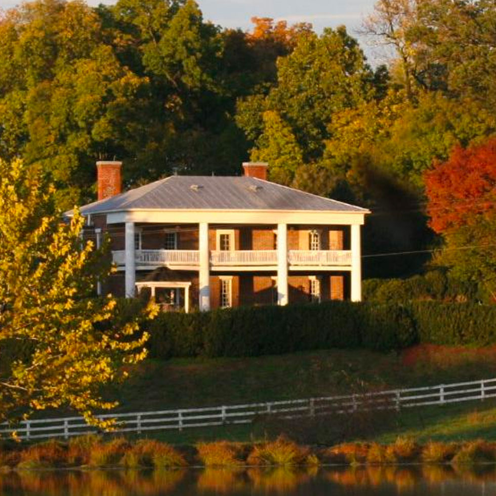 8 Exclusive Luxury Retreats For a Pampered Virginia Getaway